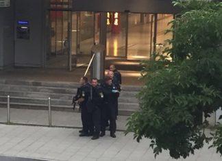 Γερμανία: Αστυνομικός πυροβόλησε άνδρα στον καθεδρικό ναό του Βερολίνου