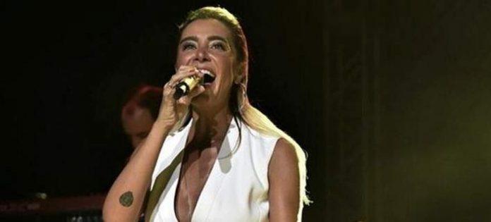 Ερντογάν, συναυλίες, διάσημης τραγουδίστριας,
