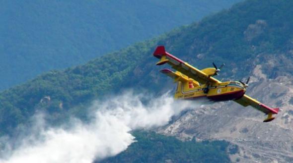 Ηλεία: Μεγάλη φωτιά σε εξέλιξη