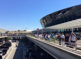 Γαλλία, αεροδρόμιο, εκκενώθηκε,