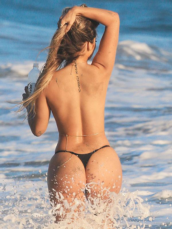 from Waylon nude latina girls in thongs