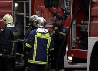 Φωτιά σε εργοστάσιο στη Μάνδρα