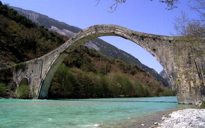 αποκατάσταση, γεφύρι της Πλάκας,