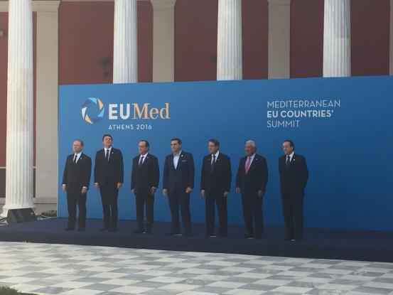 Rai, Αθήνα, μεσογειακή Ευρώπη, λιτότητα,