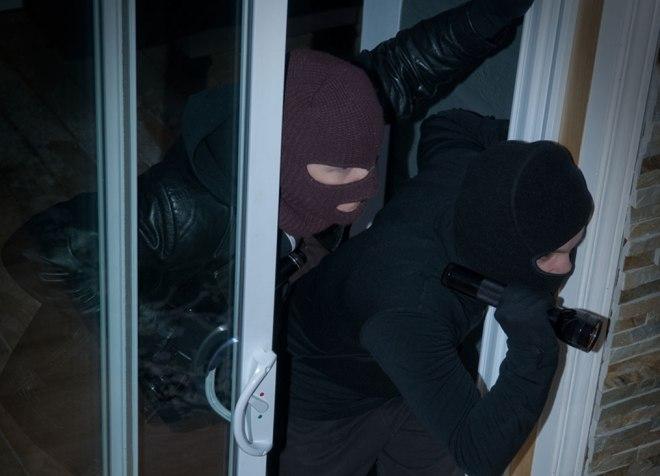 Πως να προστατεύσεις το σπίτι σου από τους ληστές