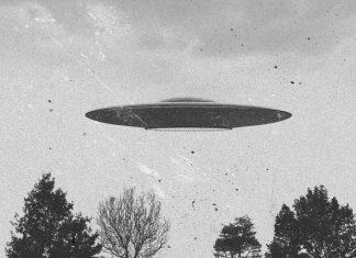 Αμερικανός γερουσιαστής επιμένει: Το Αμερικανικό Πολεμικό Ναυτικό κρύβει στοιχεία για τα UFO