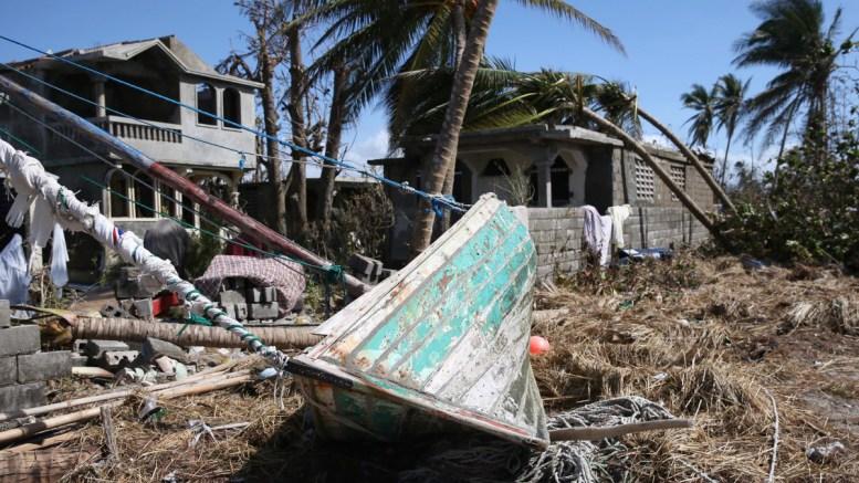 καταστροφή, τυφώνας, Μάθιους,