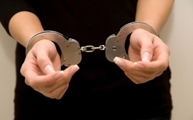 συνελήφθη, γυναίκα, πυρομαχικά, Ρέθυμνο,