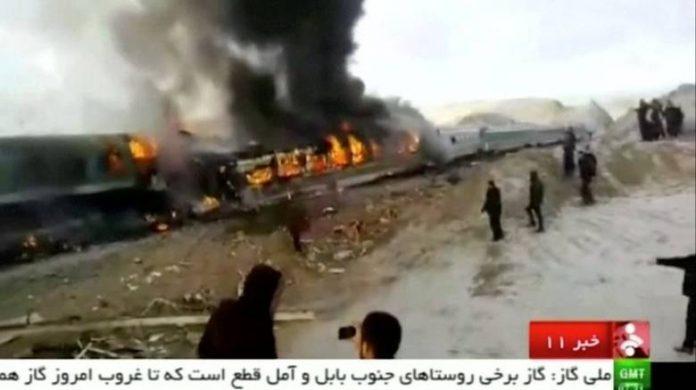 Ιράν, 36, νεκροί, Σύγκρουση τρένων,
