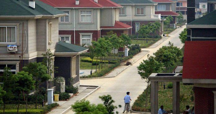 Κίνα, χωριό, 2000, κατοίκων,