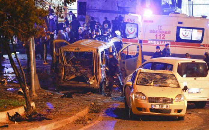 Κωνσταντινούπολη, 44 νεκροί,