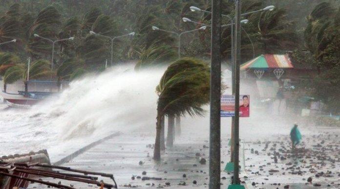 Σκηνές αποκάλυψης από τον τυφώνα