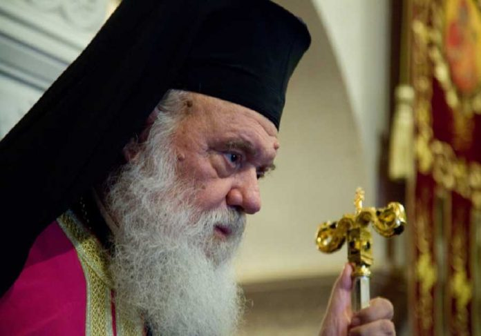 Στο «στόχαστρο» του Αρχιεπισκόπου οι «δελφίνοι» της Ιεράς Συνόδου