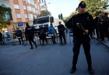 ΤΟΥΡΚΙΑ: Συνελήφθη στρατιώτης που κρατούσε ομήρους σε εμπορικό κέντρο του Γκαζιαντέπ