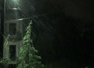 χιονίζει, Πάτρα,