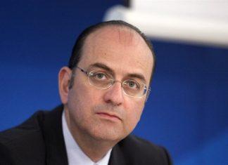 Μακάριος Λαζαρίδης, ψεύτης, πρωθυπουργός,