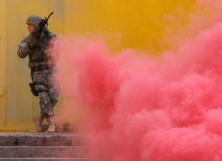 στρατός, αστυνομία, Σκόπια,
