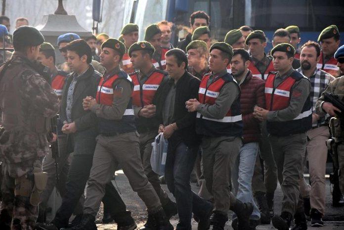 ΤΟΥΡΚΙΑ: Νέο κύμα συλλήψεων για το αποτυχημένο πραξικόπημα