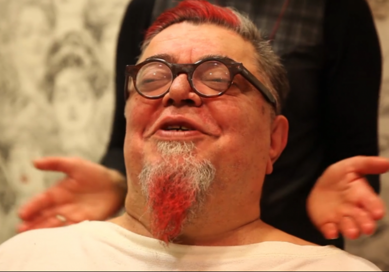 Κραουνάκης, ξυρίστηκε,