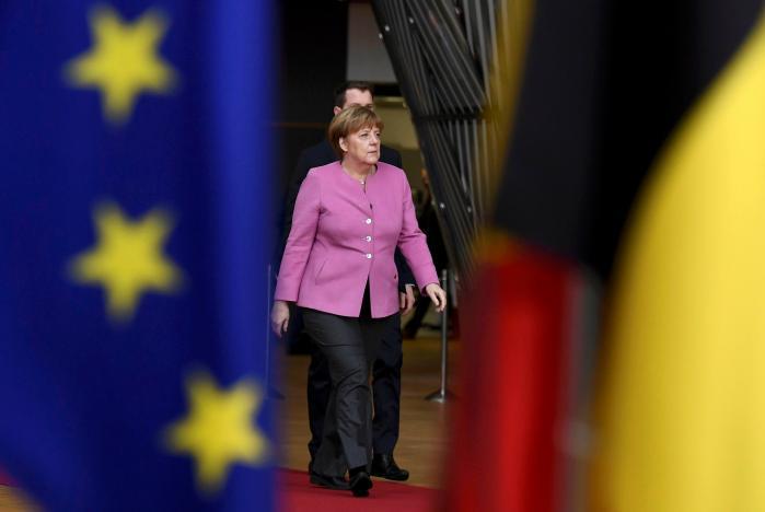 ΓΕΡΜΑΝΙΑ: Η Μέρκελ ελπίζει σε σχηματισμό κυβέρνησης εντός του προσεχούς τριμήνου