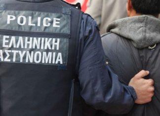 Άγιοι Ανάργυροι: Συνελήφθησαν τρεις ανήλικοι για την επίθεση με πέτρες σε λεωφορείο