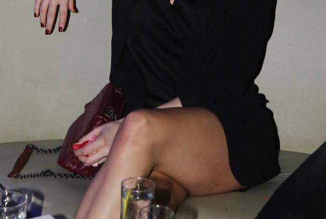 παρουσιάστρια, σέξι εμφάνιση,