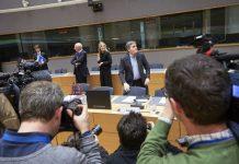 Eurogroup, συμφωνία, χρέος, γραβάτα,