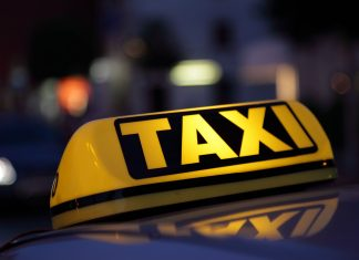 Κρήτη, οδηγός ταξί, λίρες,