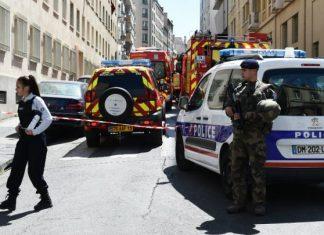 ΓΑΛΛΙΑ: Επίθεση με μαχαίρι - Δύο νεκροί και επτά τραυματίες