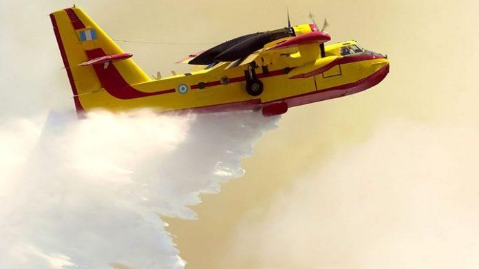 Ελαφόνησος: Αναζωπυρώθηκε η πυρκαγιά εξαιτίας των ισχυρών ανέμων