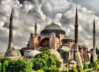 Γιατί είναι δύσκολο να μετατραπεί η Αγία Σοφία σε Τζαμί;