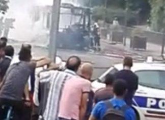 Παρίσι, Έκρηξη, λεωφορείο,