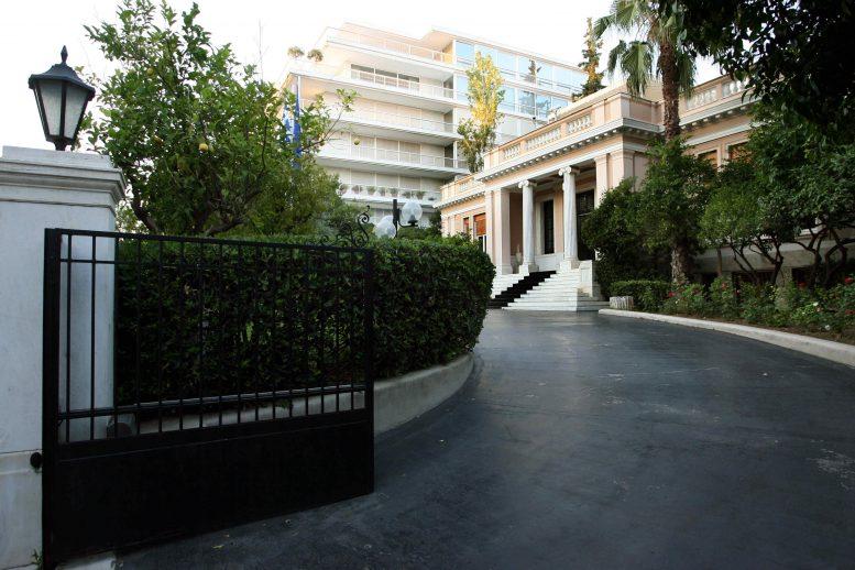 Τσίπρας, ΠΟΕ-ΟΤΑ, Μαξίμου,