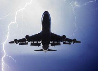 Κεραυνός χτύπησε αεροπλάνο με προορισμό τη Θεσσαλονίκη