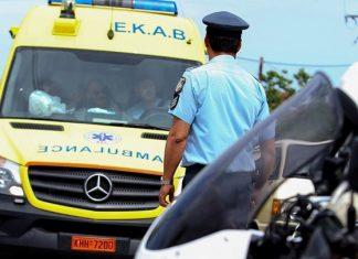Οινόφυτα: Εγκλωβίστηκε οδηγός από ανατροπή φορτηγού