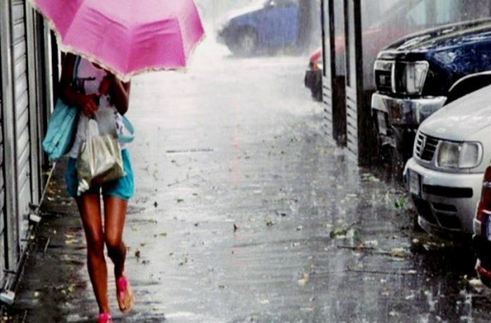 Καιρός: Έκτακτο δελτίο - Καταιγίδες, χαλάζι και σκόνη το Σάββατο