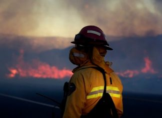 Ηλεία: Μεγάλη πυρκαγιά στην περιοχή Καπελέτο