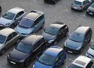 Θεσσαλονίκη: Αφαιρούσε τις ...ρόδες από σταθμευμένα αυτοκίνητα