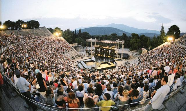 Το Φεστιβάλ Αθηνών και Επιδαύρου προτείνει μεταδόσεις παραστάσεων μέσω ραδιοφώνου