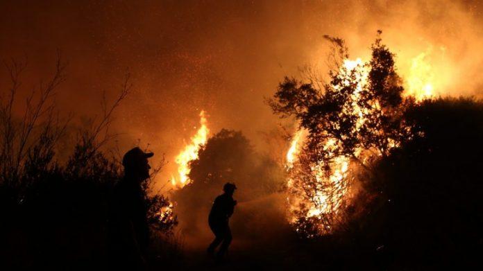 Τώρα θυμήθηκαν να προβάλλουν βίντεο με οδηγίες για την αντιμετώπιση πυρκαγιών