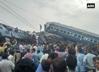 Ινδία, νεκροί, σιδηροδρομικό σταθμό,