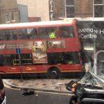 Λονδίνο, διώροφο λεωφορείο, κατάστημα, εγκλωβισμένοι,