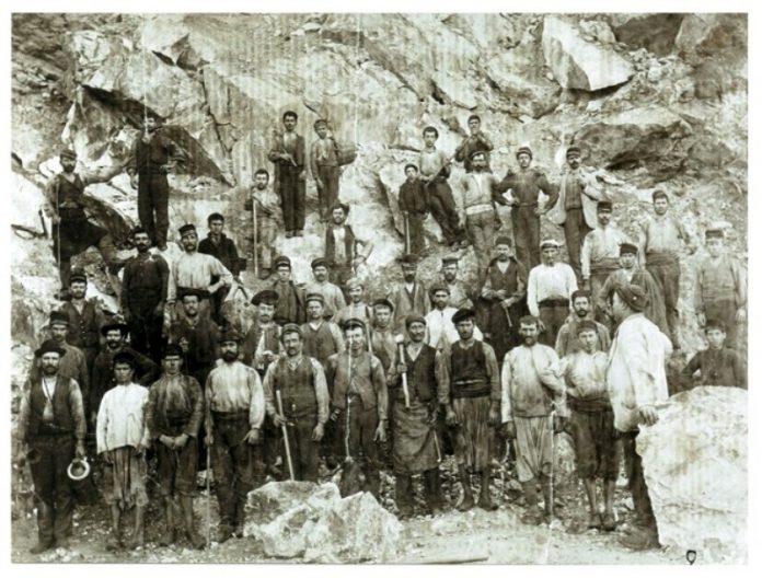 Ιστορίες, Σέριφος, αιματηρή απεργία, 1916,
