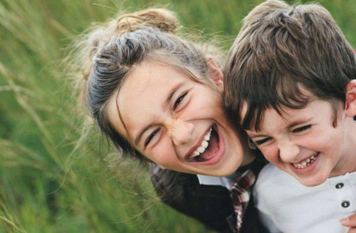 ΣΥΜΒΟΥΛΕΣ: Αδέρφια - μια δυναμική σχέση μετάλλαξης και εκπλήξεων!