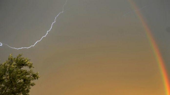 Έκτακτο Δελτίο Επιδείνωσης Καιρού – Έρχονται ισχυρές καταιγίδες και χαλαζοπτώσεις