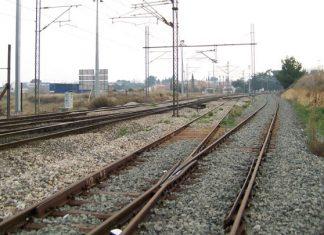 Βέροια, σύγκρουση, τρένο, αυτοκίνητο, τραυματισμένος,