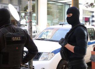Συνελήφθη Αφγανός με πυροκροτητές στο κέντρο της Αθήνας