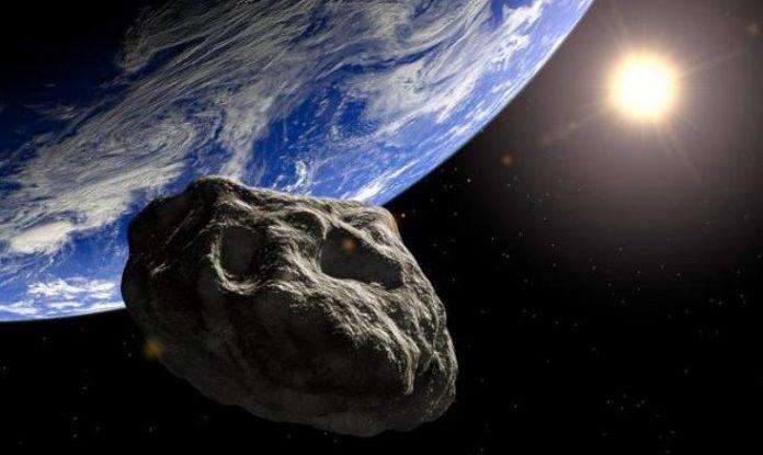 Αστεροειδής, περνάει, γη, δορυφόροι,