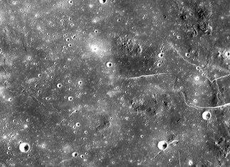 Σελήνη: Τεράστιο σπήλαιο, κατάλληλο για βάση