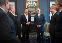Ο Τσίπρας παρέδωσε στον Πενς έγγραφο για τις τουρκικές παραβιάσεις στο Αιγαίο